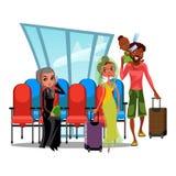 Fönster för Witing rumflygplats och rader av stolar, multinationellt folk i terminal, asiatisk kvinna med bagage som är rican Fotografering för Bildbyråer