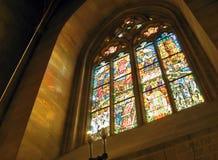 Fönster i domkyrka Royaltyfria Bilder