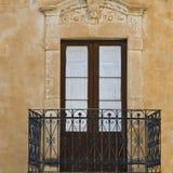 Fönster i Ragusa Arkivfoton