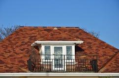 Fönster och veranda Arkivfoto