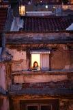 Fönster på Baixa Lissabon, Portugal, 2012 arkivfoton