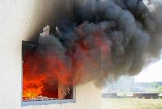 Fönster på brand Arkivfoto