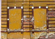Fönster som stängs med tegelstenar Royaltyfri Bild