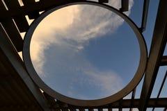 Fönster till skyen Fotografering för Bildbyråer