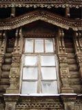 Fönster. Träsnideri Fotografering för Bildbyråer