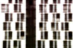 Fönsterfasadabstrakt begrepp arkivbilder