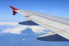 Fönsterflygplanvinge Royaltyfria Foton