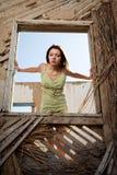 fönsterkvinnor Royaltyfri Foto