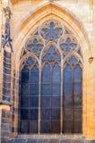 FönsterPrague St Vitus Cathedral på Hradcany i den Prague slotten royaltyfri fotografi