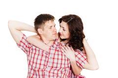 Förälskad ung man och kvinna arkivbilder