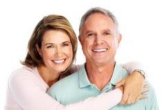Förälskade lyckliga höga par. Arkivfoton