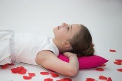 Förälskat borttappat för ung flicka i tanke Arkivbilder