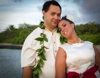 Polynesian nygift person Arkivfoto
