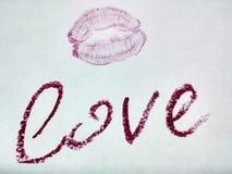 Förälskelse och kyss Arkivbilder