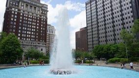 FÖRÄLSKELSE parkerar springbrunnen i Philadelphia Arkivfoton