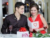 Förälskelse. Valentindag royaltyfri foto