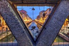 Förälskelselås i Milan, Italien Arkivbild