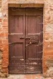 Föråldrad dörrtextur Royaltyfri Bild