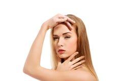 för århundradestående för 20 skönhet kvinna för granskning s retrospektiv xx Härlig modell Girl med perfekt ny ren hud isolerad v Arkivbild