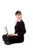 för affärsbärbar dator för 20-tal asiatisk kvinna Arkivfoton