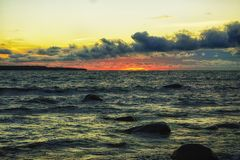 för aftonhav för höst baltisk solnedgång Arkivfoto