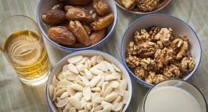 För arabiska eller norr afrikanska sammankomster för Ramadan och och frukostar Royaltyfria Foton