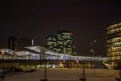 ` För `-Bahnhof stad ett nytt område i Wien Royaltyfri Foto