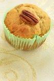 För bananpecannöt för gluten fri muffin Arkivbilder