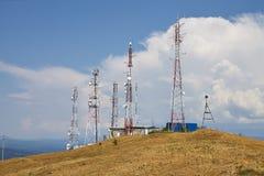 för bildmorgon för kommunikation tidiga torn för torn för silhouette fotografering för bildbyråer