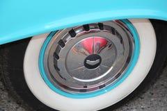För bilshower för kändisen turnerar den klassiska bilen för tappning arkivfoto