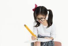 För blyertspennateckning för liten flicka stort begrepp Royaltyfri Foto