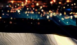 För Bokeh för natt för Estland nationsflaggaljus bakgrund abstrakt begrepp Fotografering för Bildbyråer
