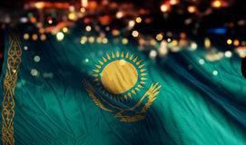 För Bokeh för natt för Kasakhstan nationsflaggaljus bakgrund abstrakt begrepp Royaltyfria Bilder