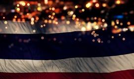 För Bokeh för natt för Thailand nationsflaggaljus bakgrund abstrakt begrepp Royaltyfri Foto