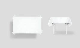 För borddukåtlöje för bank vit uppsättning upp, snabb bana Royaltyfria Bilder