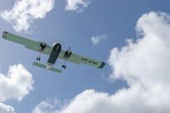 För Britten-normand BN-2a för Anguilla flygtrafikAAS flygplan VP-AAC för ljus öbo nytto- royaltyfri bild