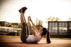 ` För buk- muskler för genomkörare din, Royaltyfri Bild
