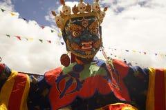 För Chamdans för tibetan buddism dans för maskering i Ladakh, nordliga Indien royaltyfri bild