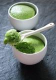 för citronpudding för cake grön tea Arkivfoto