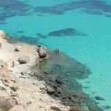 För Conigli för `-Isola dei strand ` i Lampedusa arkivfoton