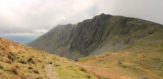 För Cumbria för sjöområdesnationalpark landskap berg Royaltyfri Foto