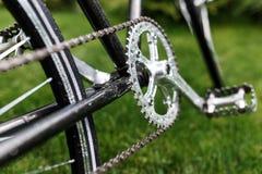 För cykelnärbild för klassisk väg retro foto arkivbilder