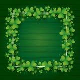 För dagbakgrund för St Patricks design av växt av släktet Trifoliumsidor royaltyfri illustrationer