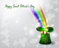 För daggräsplan för St Patricks hatt med regnbågen Royaltyfri Bild