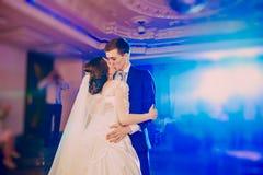 för dansmodell för abstrakt begrepp 3d bröllop Fotografering för Bildbyråer