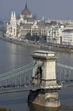 för danube för bro chain del ungersk parlament Royaltyfri Fotografi