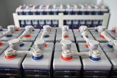 För DC-batteri för makt elektriska ackumulatorer arkivfoto