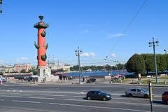 för den petersburg för önevanatten sights för saint floden spottar vasilyevsky Arkivbild
