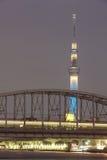 för det tokyo för den 634 avvärjer den lokaliserade räkneverk skysumidaen tv:n för treen tornet Royaltyfri Fotografi
