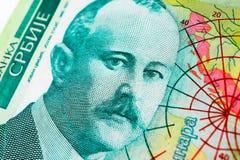 För dinaravaluta för serb 500 sedel, slut upp Serbien pengar RSD royaltyfri bild
